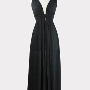 LAST ONE!! Black Plunge Maxi 👗 ASTR the Label NWT